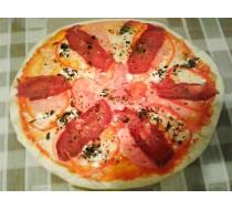 Пицца с бастурмой и фетой