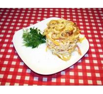 Салат с блинами и куриным филе