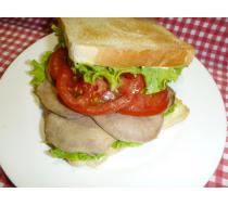 Сэндвич с телячьим языком