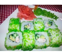 Ролл Калифорния с креветкой в зеленой тобико